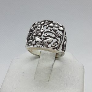 Sterling Silver Butterfly and Flower Ring Size 7