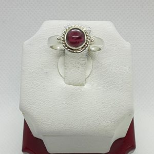 Sterling Silver Garnet Cabochon Ring Size 6