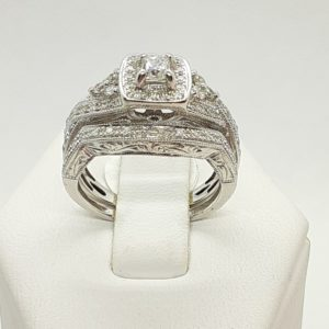 14k White Gold Diamond Halo Wedding Ring Set Size 5-1/2