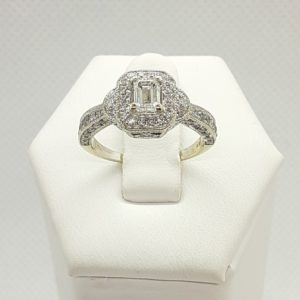 14k White Gold Halo Design .50 ctw Diamond Engagement Ring Size 5-1/2