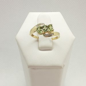 10k Yellow Gold Prasialite (Green Amethyst) and Diamond Ring Size 6